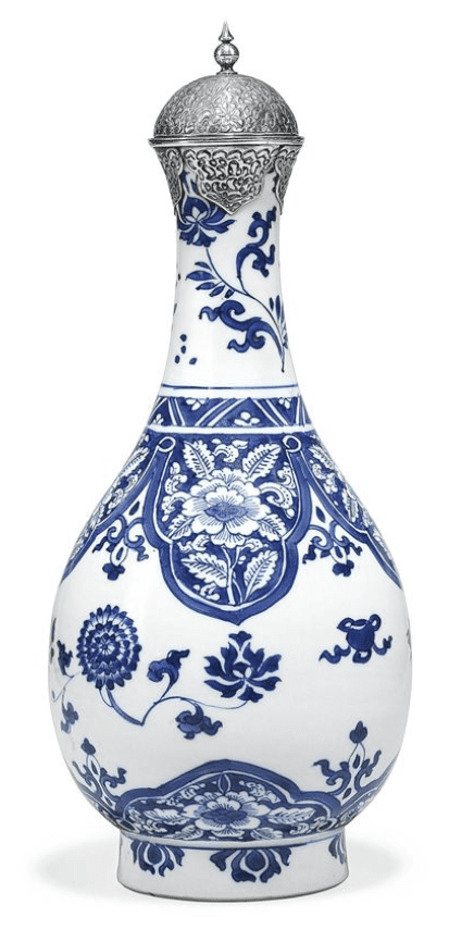 Jarrón chino blanco y azul de Porcelana o cerámica china Kraak